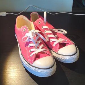 Low-Top Pink Converse